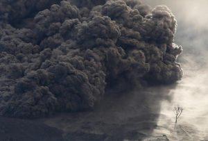 خاکستر آتشفشان مائویی - ساخت شامپو